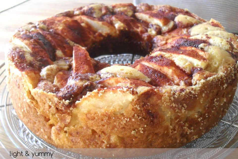 Light apple and cinnamon cake, Light & Yummy