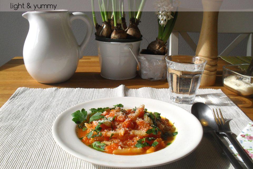 Pasta and pumpkin light, easy recipe, Light & Yummy
